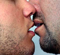 ¿Por qué el 13 de abril es el Día Internacional del Beso?
